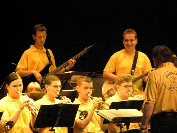 Musikalitaeten---musikal.-Staendchen-im-Theater-Municipal-2